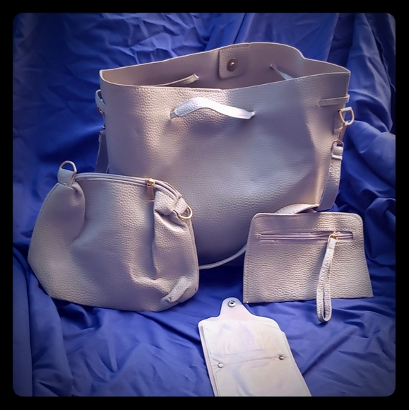 Unlisted Handbags - NWT 4 pc purse set